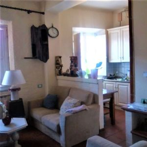 two rooms for sale Camaiore : two rooms  for sale Camaiore centro Camaiore
