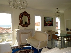 Lido di Camaiore, penthouse with terrace with sea view : attic  for sale  Lido di Camaiore